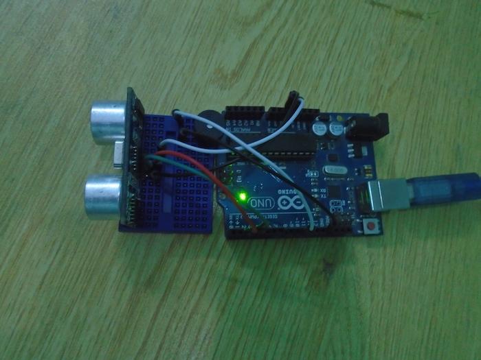 Arduino door alarm using an ultrasonic sensor diy hacking